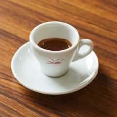 Espresso〈エスプレッソ〉 ¥300